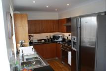 3 bed Penthouse in Love Lane...