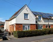 3 bedroom semi detached house in Siddalls Gardens -...