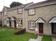 2 bedroom house to rent in Felsted Close...
