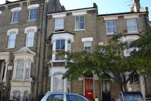 2 bedroom Flat in Crayford Road, London, N7