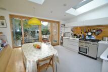4 bedroom Flat for sale in Falkland Road, London...