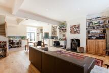 4 bed Terraced house in Corinne Road, London, N19