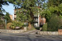 3 bed Flat in Westcliff Road...