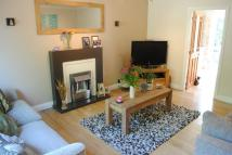 Town House to rent in Springbank Crescent...