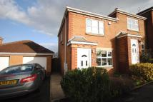 2 bedroom Town House to rent in Hollin Drive, Wakefield...