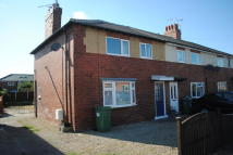3 bedroom semi detached house to rent in THE OVAL, Leeds, LS25