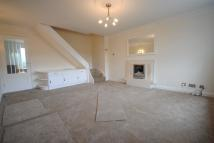 2 bed semi detached house to rent in Chepstow Close, Leeds...
