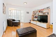 4 bed house for sale in Wavel Mews...