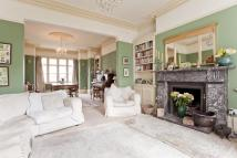 6 bedroom semi detached property in Onslow Gardens...