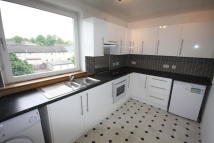 2 bedroom Flat to rent in Rannoch Drive, Renfrew...