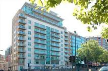 Flat to rent in Vauxhall, Lond SE1