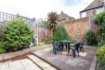 5 bed semi detached home to rent in Wimbledon
