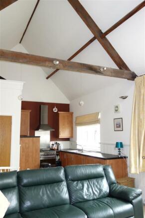 open plan ceiling.JP