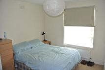 Flat to rent in HEYFORD AVENUE, VAUXHALL...