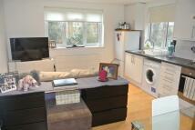 1 bedroom Flat in MONTRELL ROAD...