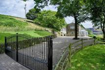 Detached home in Holmfirth Road...