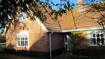 3 bedroom Chalet for sale in Halesworth