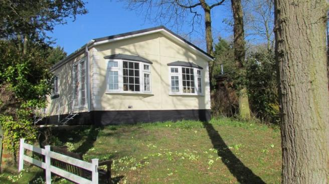 3 bedroom mobile home for sale in holton hall park ip19