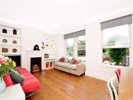 2 bed Flat in Beech Road, Bounds Green