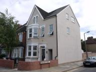 3 bed Flat to rent in Lascotts Road, Bowes Park