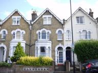 3 bedroom Flat in Palace Gates Road...