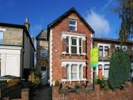 Flat to rent in Whittington Road...