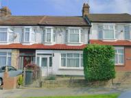 8 Lower Maidstone Road Detached property to rent