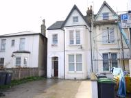 Maidstone Road Flat to rent