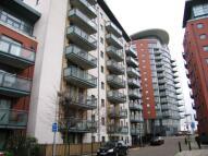 Flat in Crews Street, London, E14