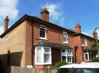 3 bedroom house in Hallam Road, Godalming