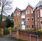 3 bedroom Apartment in Christchurch Road...