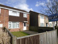 3 bed semi detached house to rent in Bracken Road, Petersfield