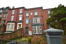 Woodsley Road Flat to rent
