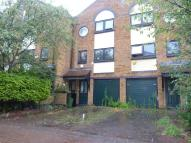 4 bed property to rent in Taeping Street