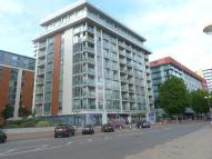 1 bed Flat to rent in Oxygen Building