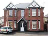1 bed Flat to rent in Woodside Road...