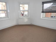 Flat to rent in Seabourne Road