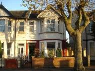 2 bed Flat in Hamlet Court Road...