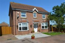 Detached property in 17 Appletree Close...