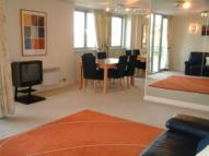 2 bed Flat in Ty Westonia...