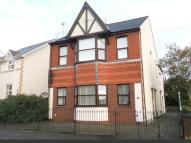 Flat in 9 Elm Grove Road...