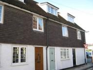 2 bed house in St Edmunds Church Street...