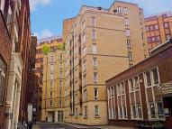 Apartment to rent in Bartholomew Close...