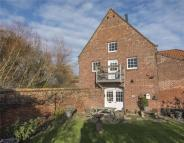 3 bed End of Terrace property for sale in Tower Road...