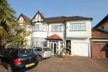 6 bedroom semi detached home in Bourne Hill, LONDON
