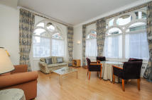 2 bedroom Flat to rent in Victoria House...