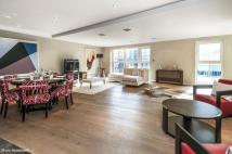 Flat for sale in Palace Place...