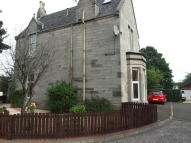 2 bedroom Ground Flat in 10 Manse Court...