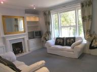 Ground Flat to rent in Upper Grosvenor Road...
