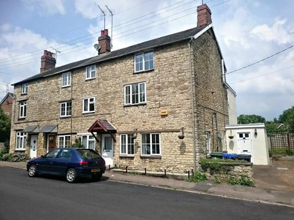 Brackley Old Town Property For Sell